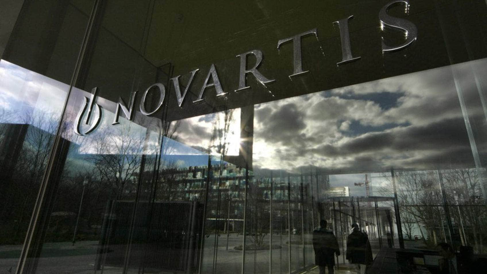 Novartis is driving sales of Roche's participation ahead