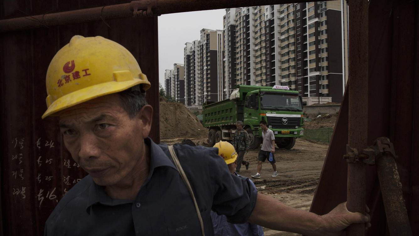 BEIJING, CHINA - AUGUST 29:  Chinese cons Analysts believe that a property collapse is unlikely though as local governments are shoring up the sector.  (Photo by Kevin Frayer/Getty Images)