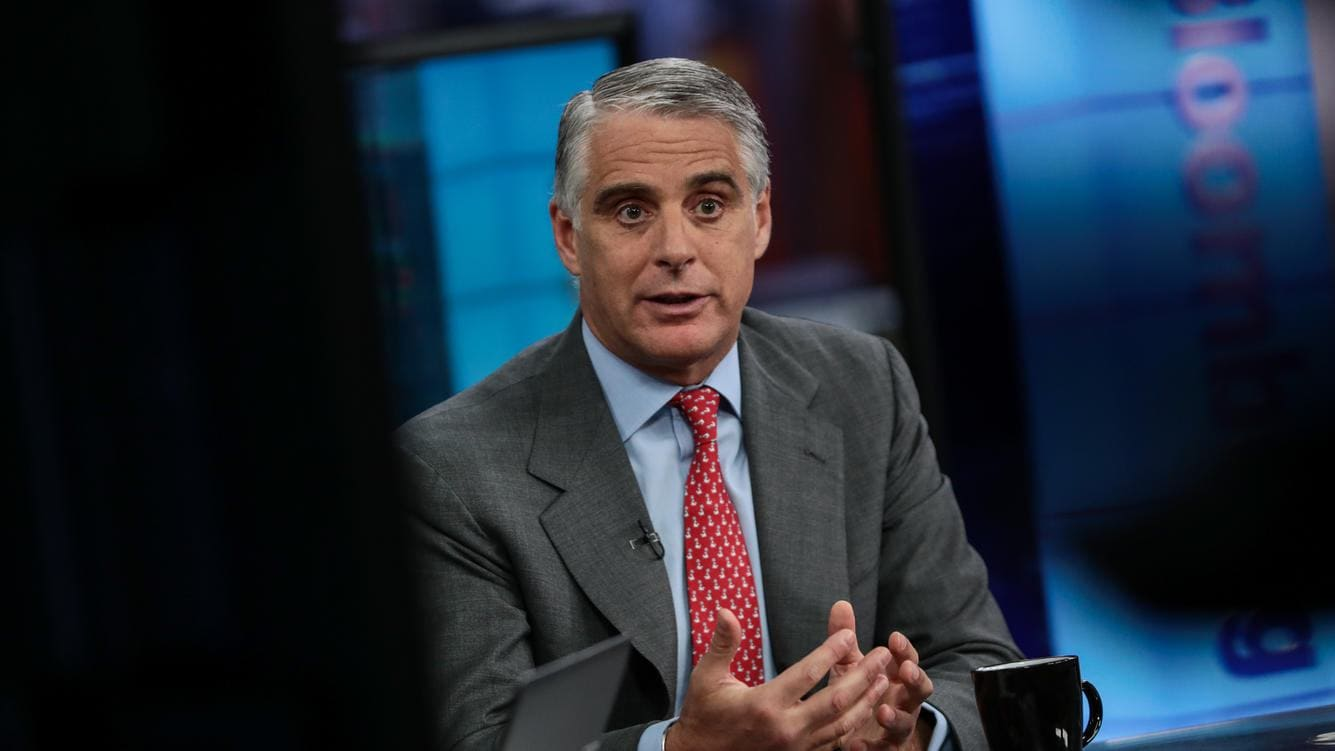 Andrea Orcel, investment bank president of UBS Group AG, gestures while speaking during a Bloomberg Television interview in London, United Kingdom, on Friday, March 31, 2017. Orcel, said banks considering moving employees from London because of the U.K.'s exit from the European Union need to pay more attention to where people want to live and what cities offer the best pool of talent. Photographer: Simon Dawson/Bloomberg