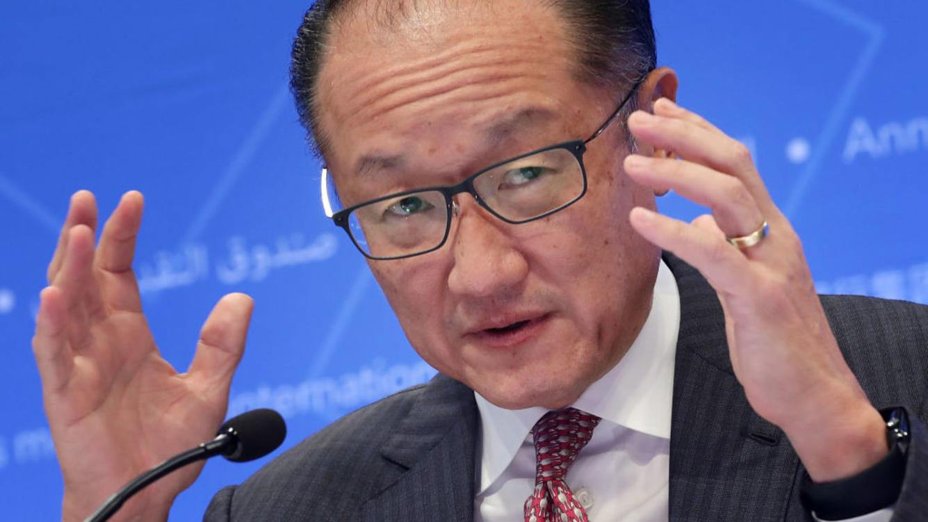 WASHINGTON, DC - OCTOBER 12:  World Bank President Jim Yong Kim delivers remarks at opening news conference of the World Bank Group and the International Monetary Fund's annual fall meeting at IMF Headquarters October 12, 2017 in Washington, DC. Kim said that global growth is stonger than it has been in years but warns political, protectionist and financial risks could derail this progress.  (Photo by Chip Somodevilla/Getty Images)