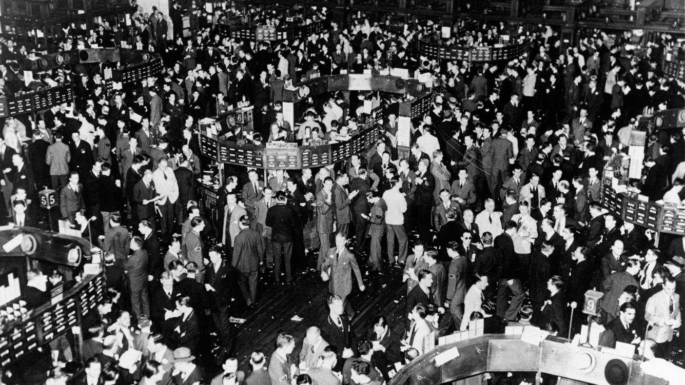 New York Stock Exchange, 3 October 1939. Picture taken when trading was brisk and in the previous few weeks more than one million shares had changed hands.