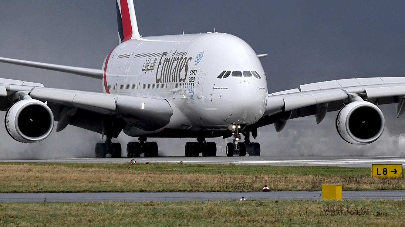 epa07368337 (FILE) - An Airbus A380-800 aircraft of UAE carrier Emirates taxies after landing at Duesseldorf International Airport in Duesseldorf, Germany, 18 January 2018 (reissued 14 February 2019). Airbus has announced that it will shut down production of the A380 superjumbo due to weaker than expected demand. The A380 was the world's largest airliner.  EPA/SASCHA STEINBACH