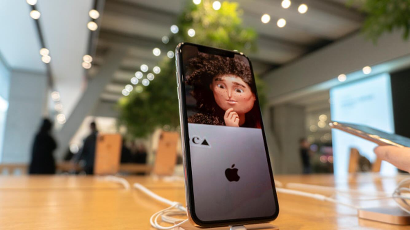 TIANJIN, CHINA - 2018/12/12: IPhone X  products are still shown on the counter in an Apple store.   Qualcomm announced that it had won two patent disputes with Apple. On Dec.10, a Chinese court preliminarily ruled that Apple was prohibited from importing and selling various models of iPhones in Chinese market, including iPhone 6S, iPhone 6S Plus, iPhone 7, iPhone 7 Plus, iPhone 8, iPhone 8 Plus and iPhone X. (Photo by Zhang Peng/LightRocket via Getty Images)