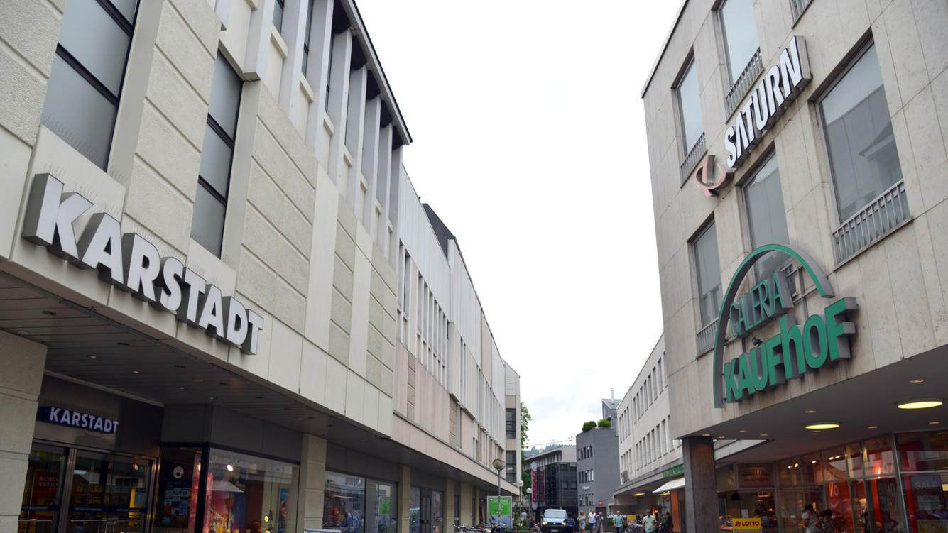 2019 year for lady- Karstadt to close six stores as a new CEO is named