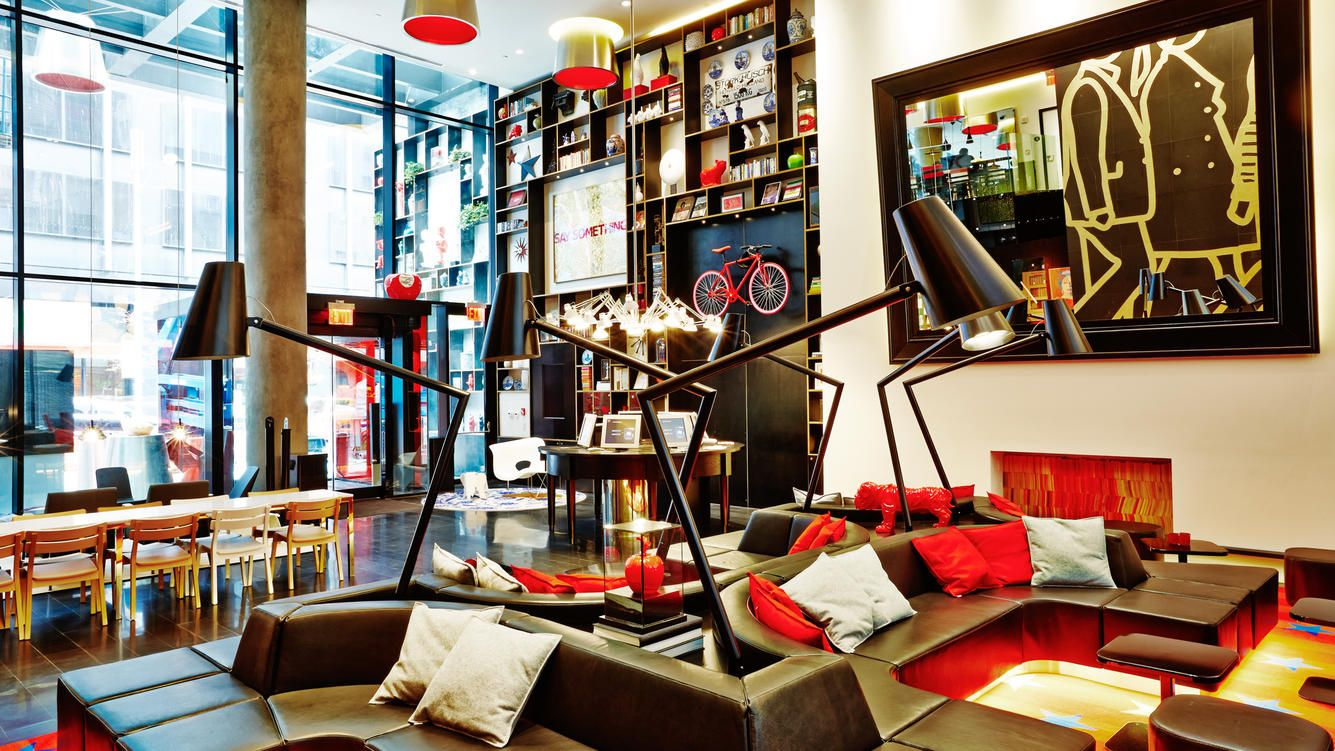 CitizenM: Lobby im Hotel am New Yorker Times Square