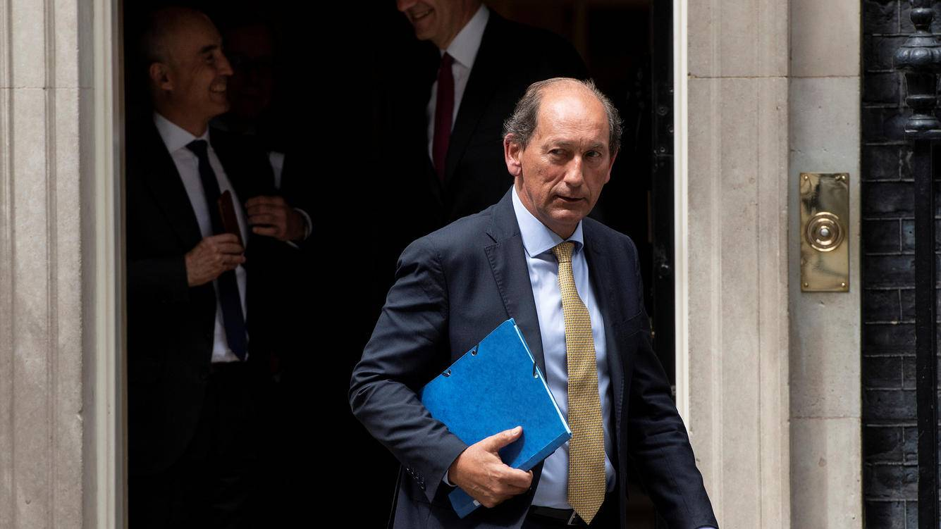 Paul Bulcke, Chairman of Nestle, leaves 10 Downing Street in London, Britain, May 30, 2018. REUTERS/Simon Dawson - RC1A22EDFFA0
