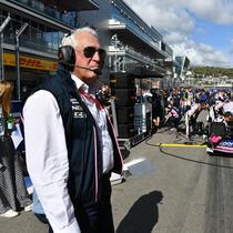SOCHI AUTODROM, RUSSIAN FEDERATION - SEPTEMBER 29: Lawrence Stroll, Owner, Racing Point during the Russian GP at Sochi Autodrom on September 29, 2019 in Sochi Autodrom, Russian Federation. (Photo by Mark Sutton / Sutton Images)