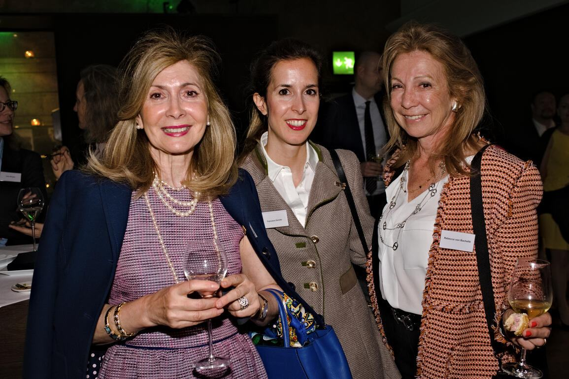 Marina Zanotto; Francesca Zanotto, CFO, AZ Elektro AG; Rebecca von Bachellé, International Sales Agent, Jet Logic
