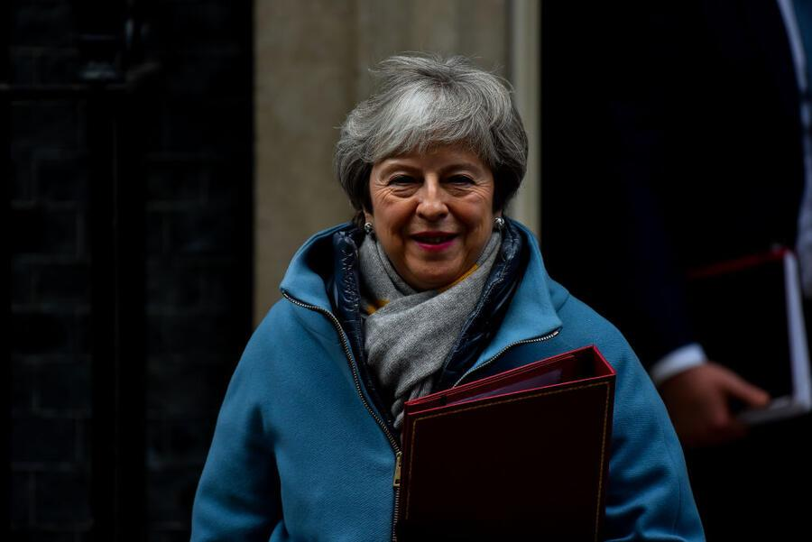 British Prime Minister Theresa May leaves Number 10 Downing Street on January 21, 2019 in London, England. Mts Theresa May is due to address the House of Commons outlining how she proposes to move forward with Brexit. (Photo by Alberto Pezzali/NurPhoto via Getty Images)