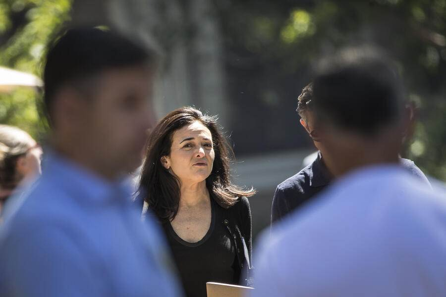SUN VALLEY, ID - JULY 11: Sheryl Sandberg, chief operating officer of Facebook, attends the annual Allen & Company Sun Valley Conference, July 11, 2018 in Sun Valley, Idaho. Every July, some of the world's most wealthy and powerful businesspeople from the media, finance, technology and political spheres converge at the Sun Valley Resort for the exclusive weeklong conference. (Photo by Drew Angerer/Getty Images)