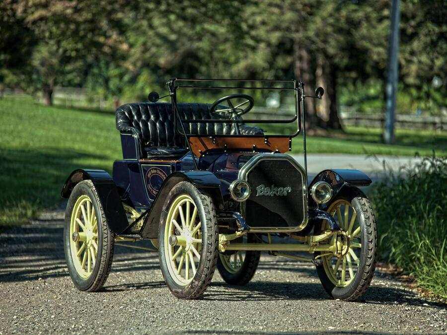 Baker Electric Model W Runabout.