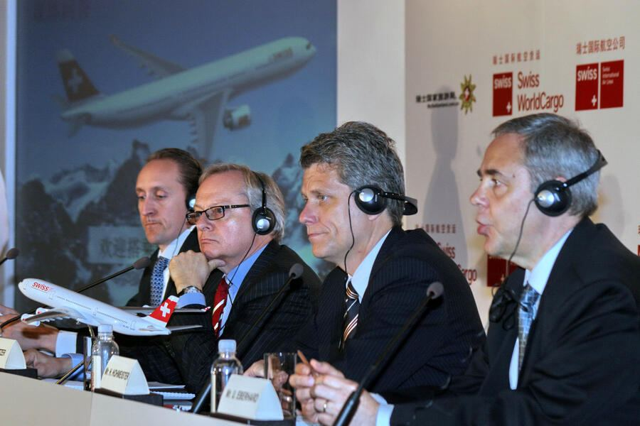 Dieter Vranckx, General Manager of Swiss WorldCargo Greater China and Vice President of Swiss WorldCargo for Asia, Middle East and Africa, Rolf P. Jetzer, Chairman of Swiss International Air Lines (SWISS), Harry Hohmeister, Chief Network and Distribution Officer of Swiss International Air Lines (SWISS), and Urs Eberhard, Executive Vice President of Switzerland Tourism