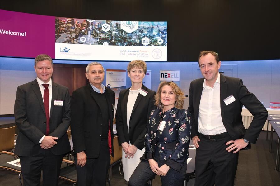 """Die Referenten:Christopher McCormick, Executive Vice President, EF Education First;Bazmi Husain, CTO, ABB;Susanne Ackum, Chair, Future Work Forum;Simona Scarpaleggia, Head of the global initiative """"The Future of or Work"""",  IKEA;Christohpe Catoir, Head of France and Northern Europe, The Adecco Group"""