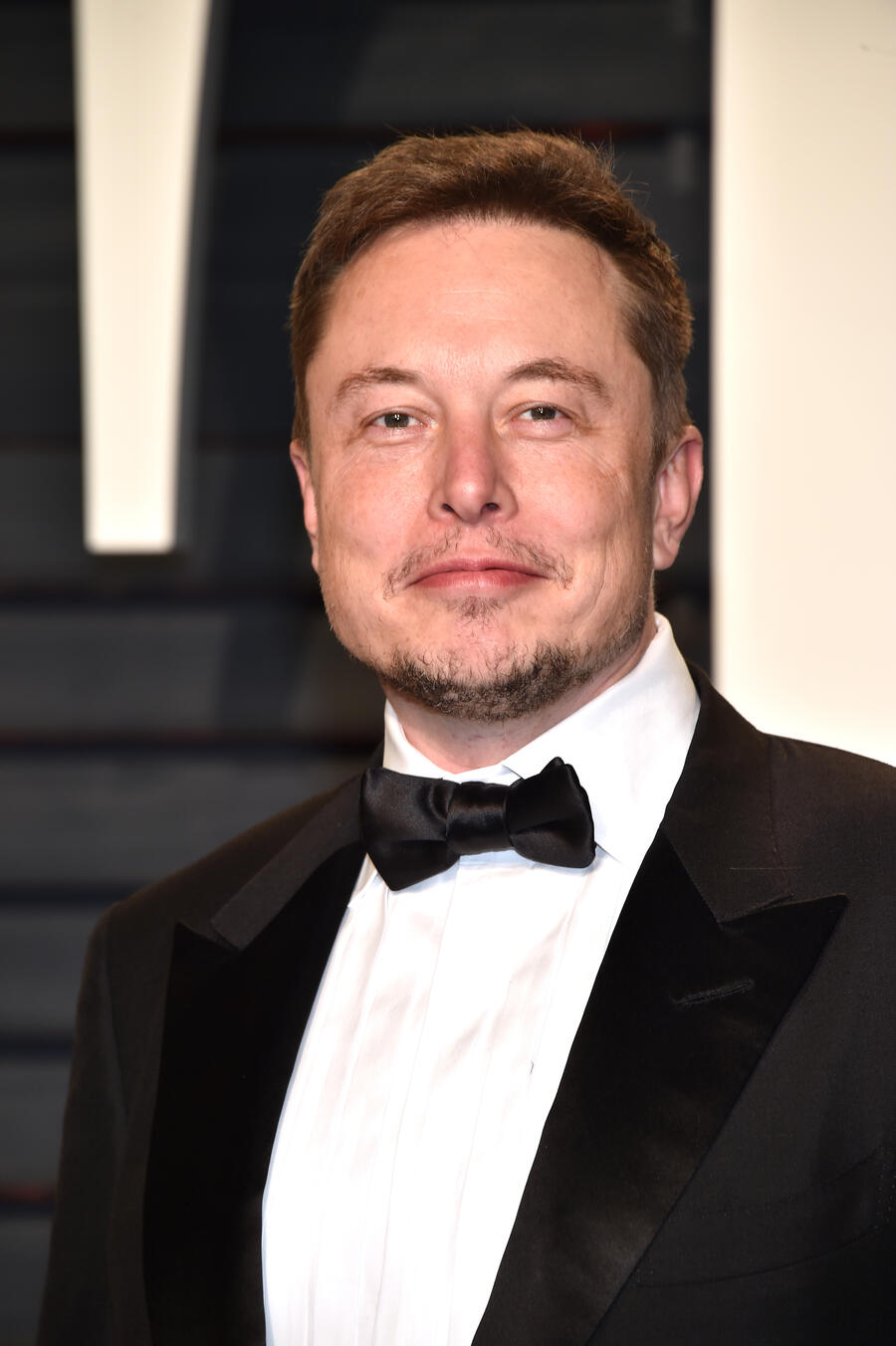BEVERLY HILLS, CA - FEBRUARY 26: SpaceX CEO  Elon Musk attends the 2017 Vanity Fair Oscar Party hosted by Graydon Carter at Wallis Annenberg Center for the Performing Arts on February 26, 2017 in Beverly Hills, California.  (Photo by Pascal Le Segretain/Getty Images)