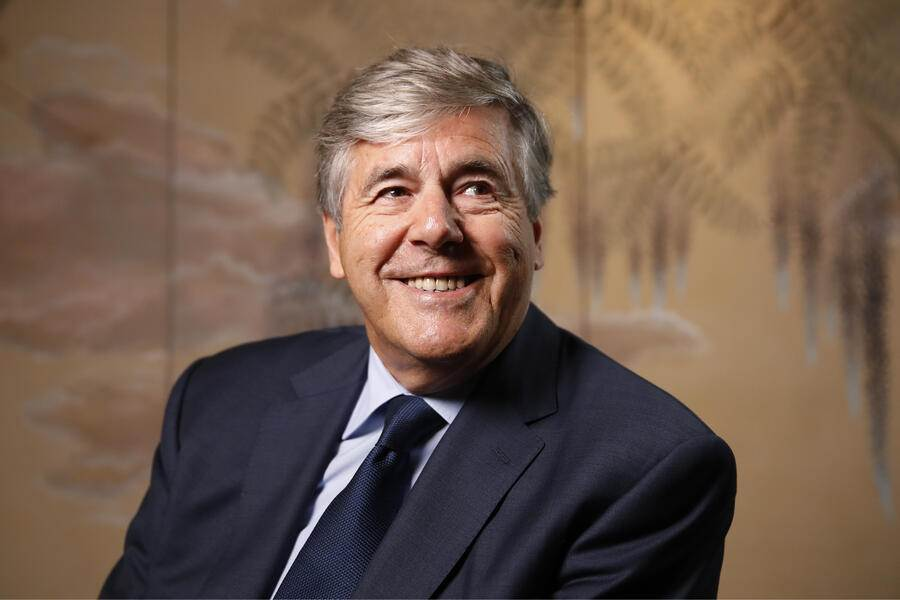 Josef Ackermann, former chief executive officer of Deutsche Bank AG, poses for a photograph ahead of a Bloomberg Television interview in Zurich, Switzerland, on Monday, Sep. 3, 2018. Ackermann, a 70-year-old Swiss national, oversaw Deutsche Bank?s investment-banking arm before becoming the first non-German to lead the nation?s largest lender in 2002. Photographer: Stefan Wermuth/Bloomberg
