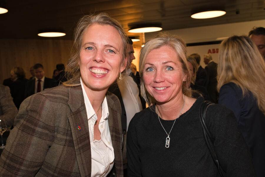 Kristina Danielson, UBS Switzerland AG;Carin Simonson, EF Education First