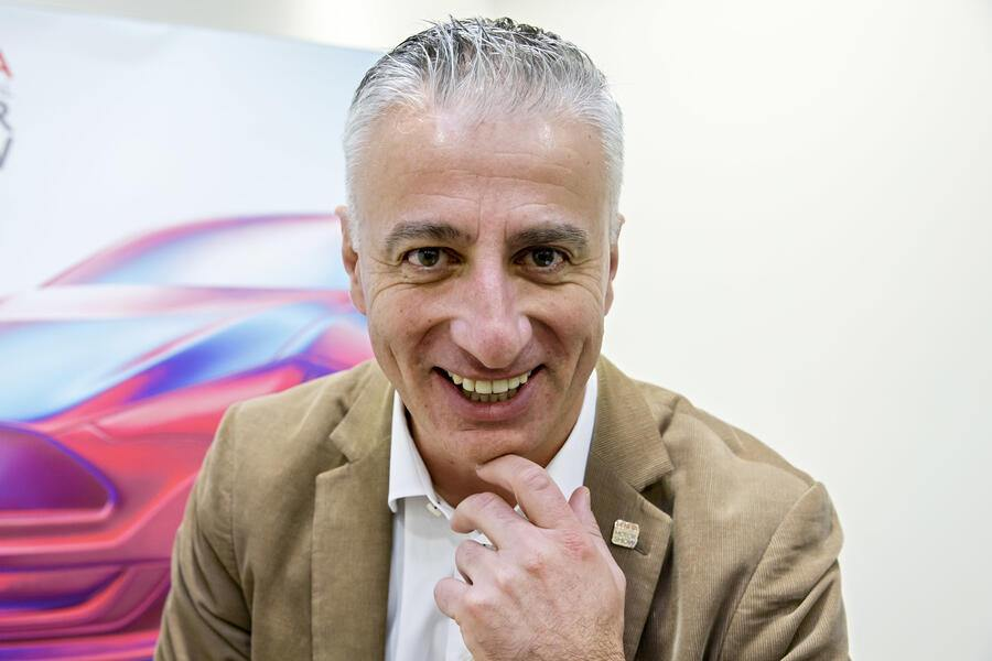 Olivier Rihs, named as new  General Manager of Geneva's International Motor Show, pose for the photographer, after a press conference about the 89th edition of the International Motor Show, at the Geneva Press Club in Geneva, Switzerland, Tuesday, February 19, 2019. The 89th edition of the International Motor Show will take place in Geneva from March 7 to March 17, 2015. (KEYSTONE/Salvatore Di Nolfi)