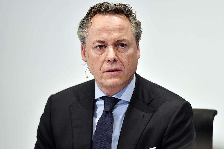 Ralph Hamers, new CEO of Swiss Bank UBS, during a press conference in Zurich, Switzerland, Thursday, February 20, 2020.  Dutchman Ralph Hamers will replace Sergio Ermotti, who is still UBS boss, on November 1, 2020. (KEYSTONE/Walter Bieri)