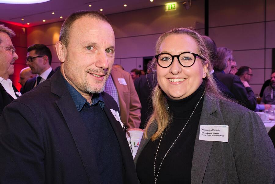 Robert Furger, Clear Channel Schweiz AG;Aleksandra Mirkovic, Senior Sales Manager MICE, Hilton Zurich Airport Hotel