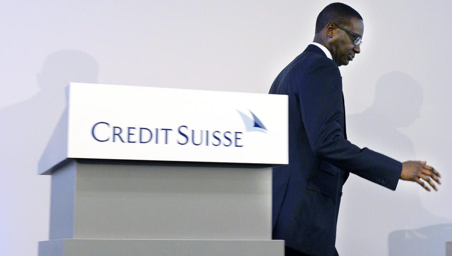Tidjane Thiam, CEO of Swiss bank Credit Suisse, during a press conference in Zurich, Switzerland, Wednesday, October 21, 2015. Credit Suisse CEO Tidjane Thiam hinted at a wave of job cuts at the Swiss bank, after unveiling disappointing third-quarter profits and informs about various measures to slash spiralling costs. (KEYSTONE/Walter Bieri)