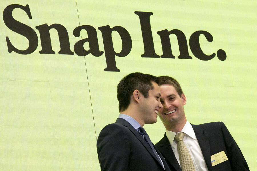 Snapchat-Co-Gründer Bobby Murphy (links) und CEO Evan Spiegel 2017 an der New York Stock Exchange