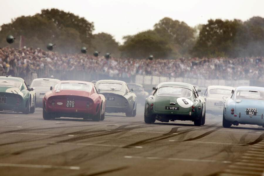 Start of the Royal Automobile Club TT Celebration showing Aston Martin DB4 GTs & Ferrari 250 GTO (Photo by Michael Cole/Corbis via Getty Images)