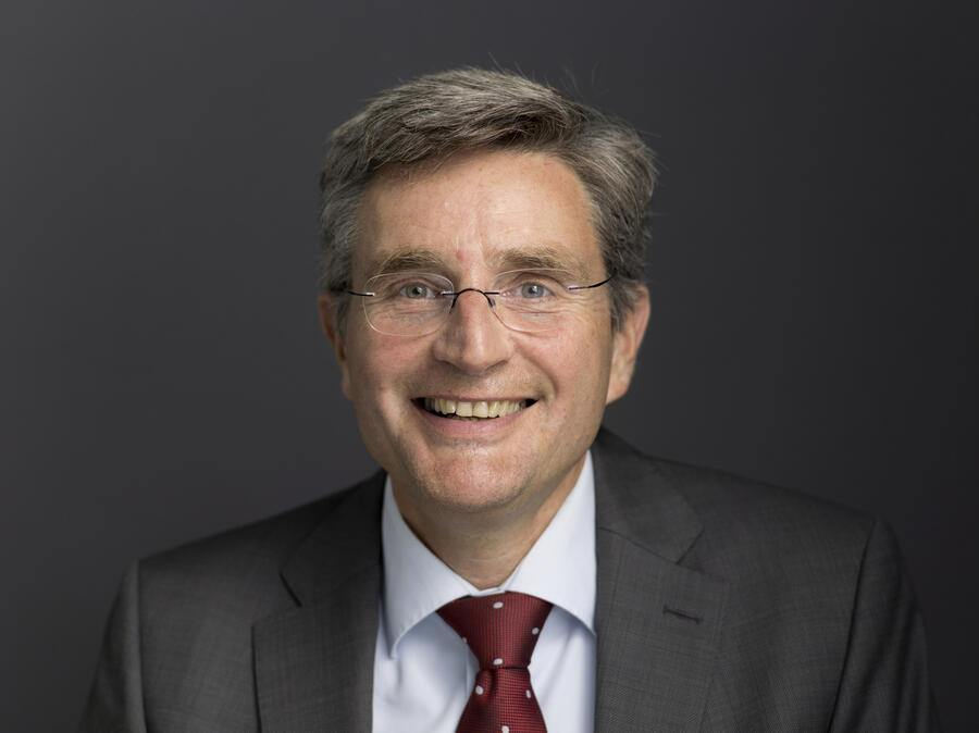 Portrait of Thomas Meier, CEO, board member and delegate of the board of Santhera Pharmaceuticals, pictured at the headquarters of the pharmaceutical company in Liestal, Canton of Basel-Country, Switzerland, on May 29, 2017. (KEYSTONE/Gaetan Bally)Thomas Meier, CEO, Verwaltungsrat und Delegierter des Verwaltungsrats der Santhera Pharmaceuticals, aufgenommen am 29. Mai 2017 am Hauptsitz des Pharmaunternehmens in Liestal. (KEYSTONE/Gaetan Bally)
